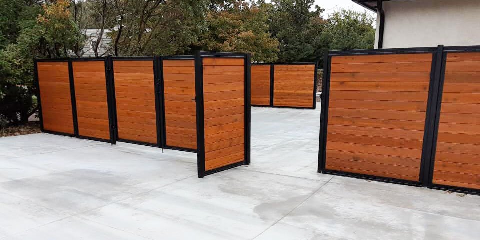 Stained Wood & Metal Fence
